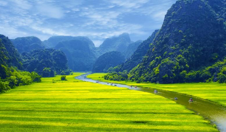 Hoa Lu y las cuevas Tam Coc