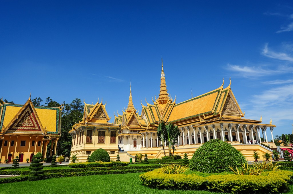 The palace was constructed after King Norodom relocated the royal capital from Oudong to Phnom Penh in the mid-19th century.