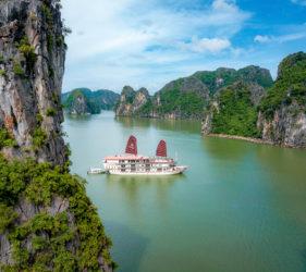 cruceros vietnam
